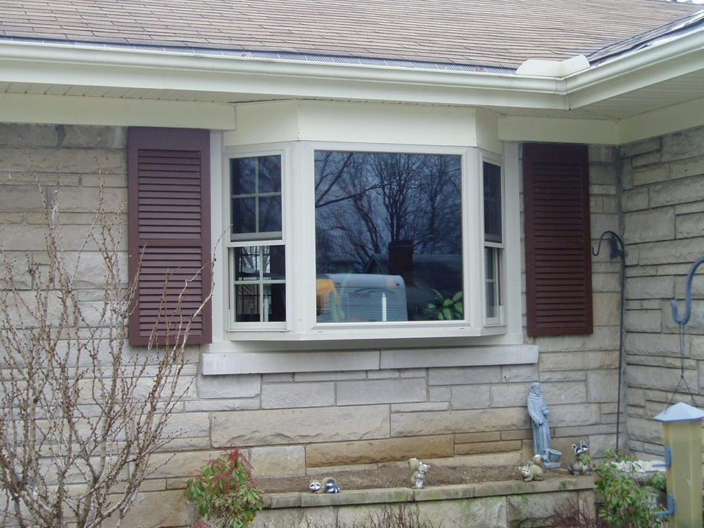 bay window with beffort stone